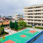 姚永芳行政楼背面俯视的校景2