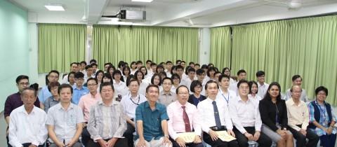 本校与精英大学(HELP)联办英语课程